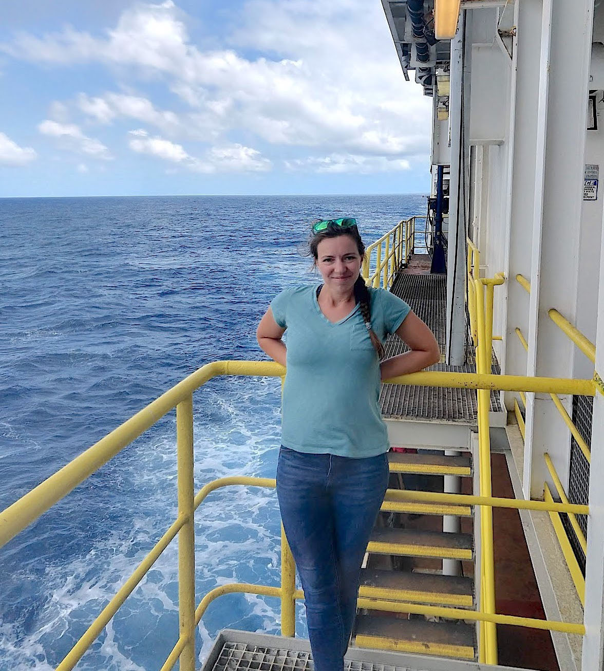 Alum Scientist Zooms Into Class From the Atlantic Ocean